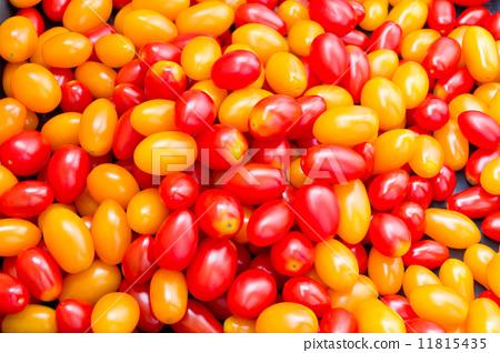 Background with fresh tomatos 11815435