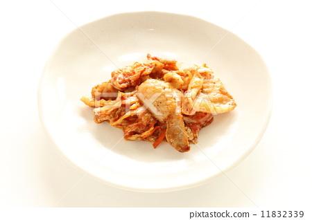 한국 요리 닭 껍질 김치 11832339