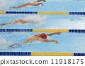 男人 游泳 激動 11918175