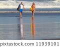 冲浪 冲浪者 海浪 11939101