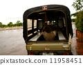 老挝笃笃司机休息 11958451