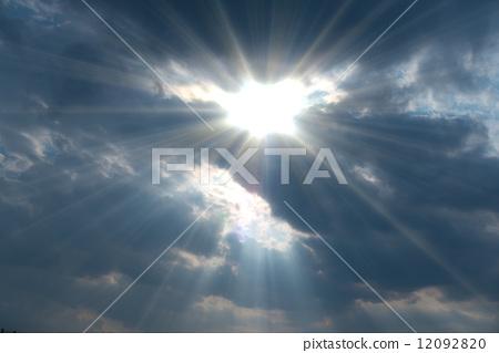틈새 빛살 천사의 사다리 천사의 계단 야코부の梯子 야곱의 사다리 렘브란트 광선 광망 12092820