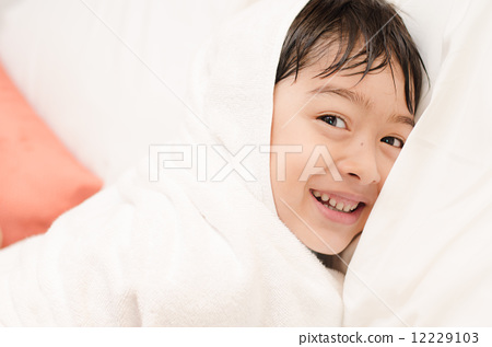 Little boy with towel cover 12229103