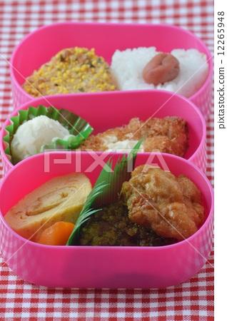 Onigiri lunch box 12265948