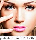 closeup, eyes, woman 12315965