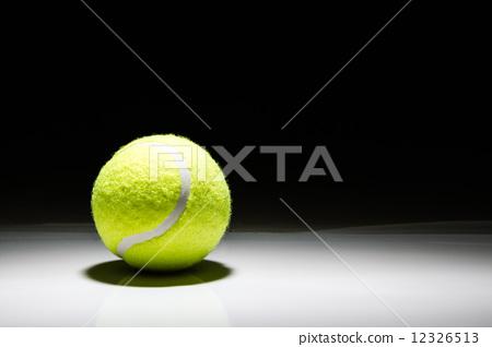 tennis ball sportlight 12326513