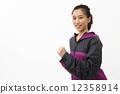 조깅하는 아시아 여성 12358914