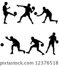 Set silhouettes of soccer players with the ball. Vector illustra 12376518