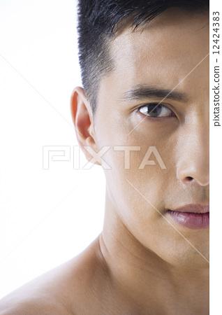 Men's beauty 12424383