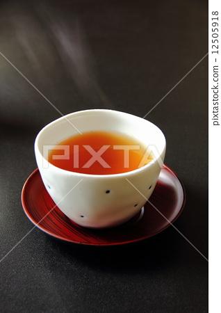 roasted green tea 12505918