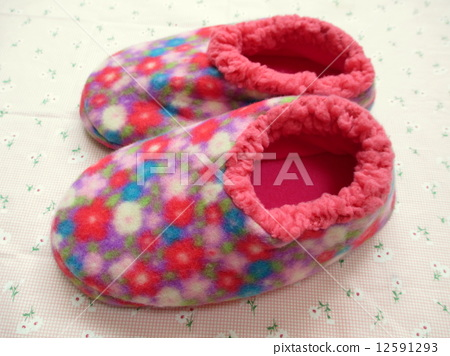 Warm room shoes 12591293