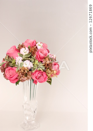 가을 장미 꽃다발 12671869