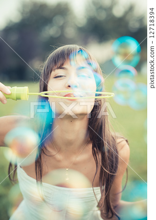 bubbles, blowing, playing 12718394