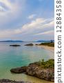 从Ishigakijima Kannonzaki看到的海滩 12884358