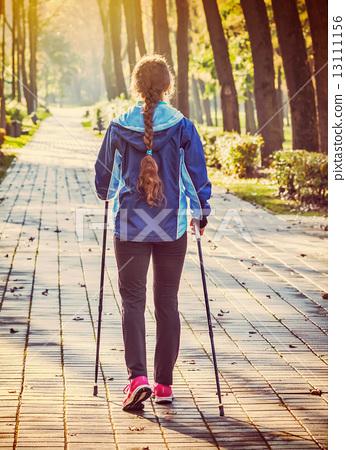 Nordic walking 13111156
