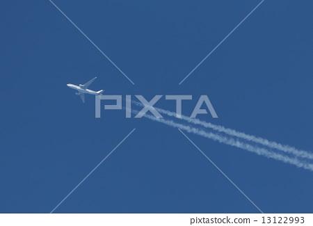 Aerial cloud 13122993