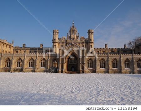 Winter scene of Cambridge 13158194