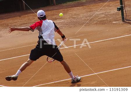 클레이 코트에서 테니스 13191309