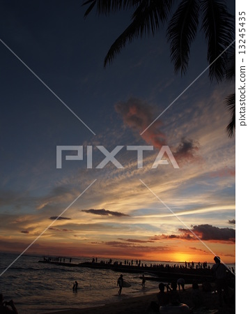 sunset 13245435