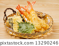 天婦羅 少量麵糊拌油炸魚和蔬菜 蔬菜炸魚 13290246