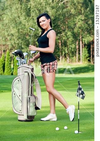 Sexy femail golfer 13297187