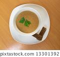 Creamy musroom soup 13301392