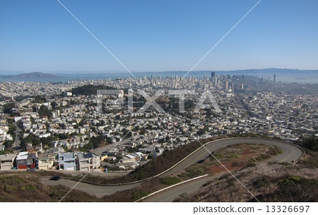 A view from the city landscape of Twin Peaks in San Francisco 13326697