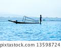 Fisherman in inle lake, Myanmar. 13598724
