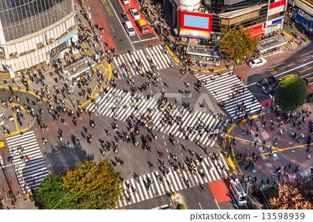 Shibuya Crossing, Tokyo, Japan. 13598939