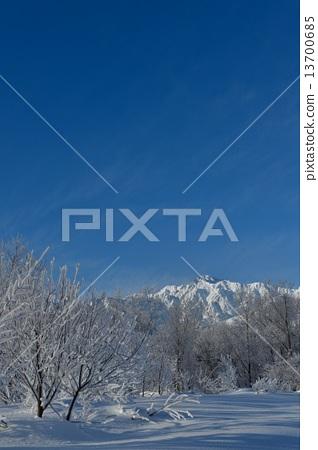 信州白马冬季观光素材形象 13700685