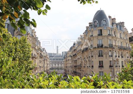 파리의 녹색과 오스마니안 건축 조경 13703598