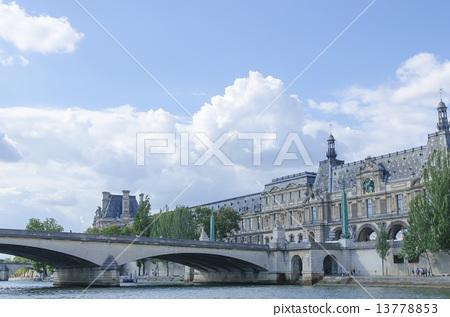 Paris 13778853