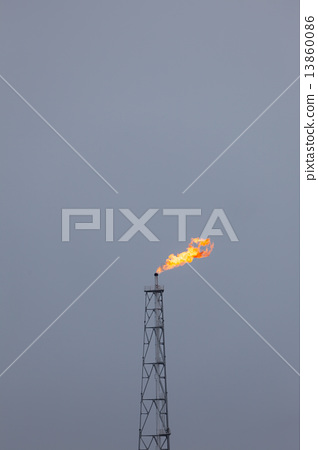 Flare stack - Stock Photo [13860086] - PIXTA
