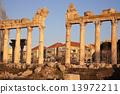 Baalbek ruins 13972211