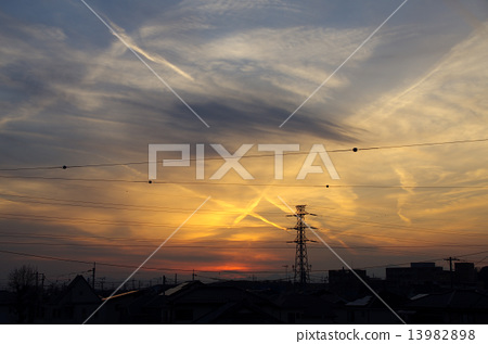 sunset 13982898