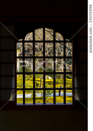 lattice window window windows stock photo 14056998 pixta