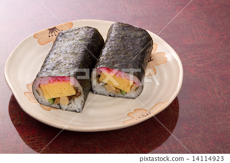 Thick sushi 14114923