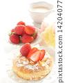 딸기 빵과 우유 차 14204077