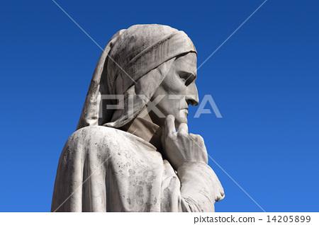 Statue of Dante Verone (Verona) Italy 14205899