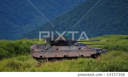 Light Tiger 89 type armored fighter car 89 FV 2014 Fuji general fire exercise 14337308