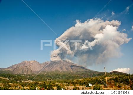 Sakurajima 4 14384848