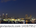 มุมมองตอนกลางคืนของ Yokohama Port 14397952