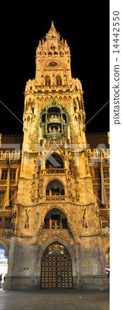 landmark. munich. germany 14442550
