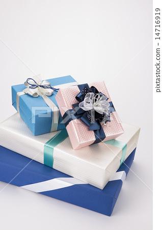 gift box 14716919