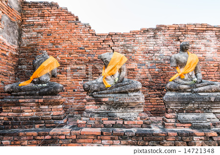 Old Temple of Ayuthaya, Thailand 14721348