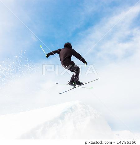 Free style skier. 14786360