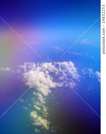 비행기에서 본 무지개 하늘과 바다 14832253