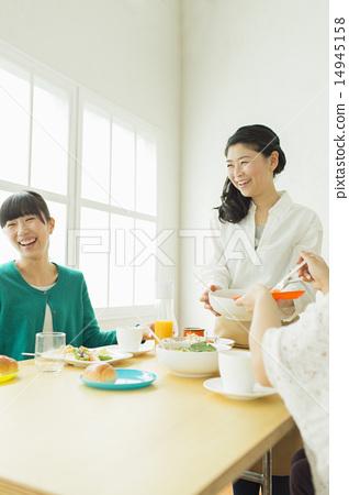 Elementary school student - friend 14945158