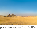 Great pyramids in Giza valley, Cairo, Egypt 15028052