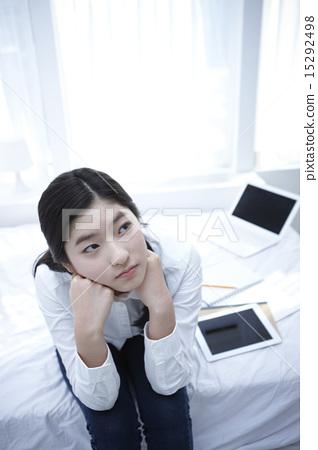 婊子女孩高中生 15292498
